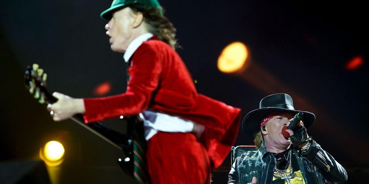 Axl Rose (r.) wusste die AC/DC-Fans zu überzeugen.