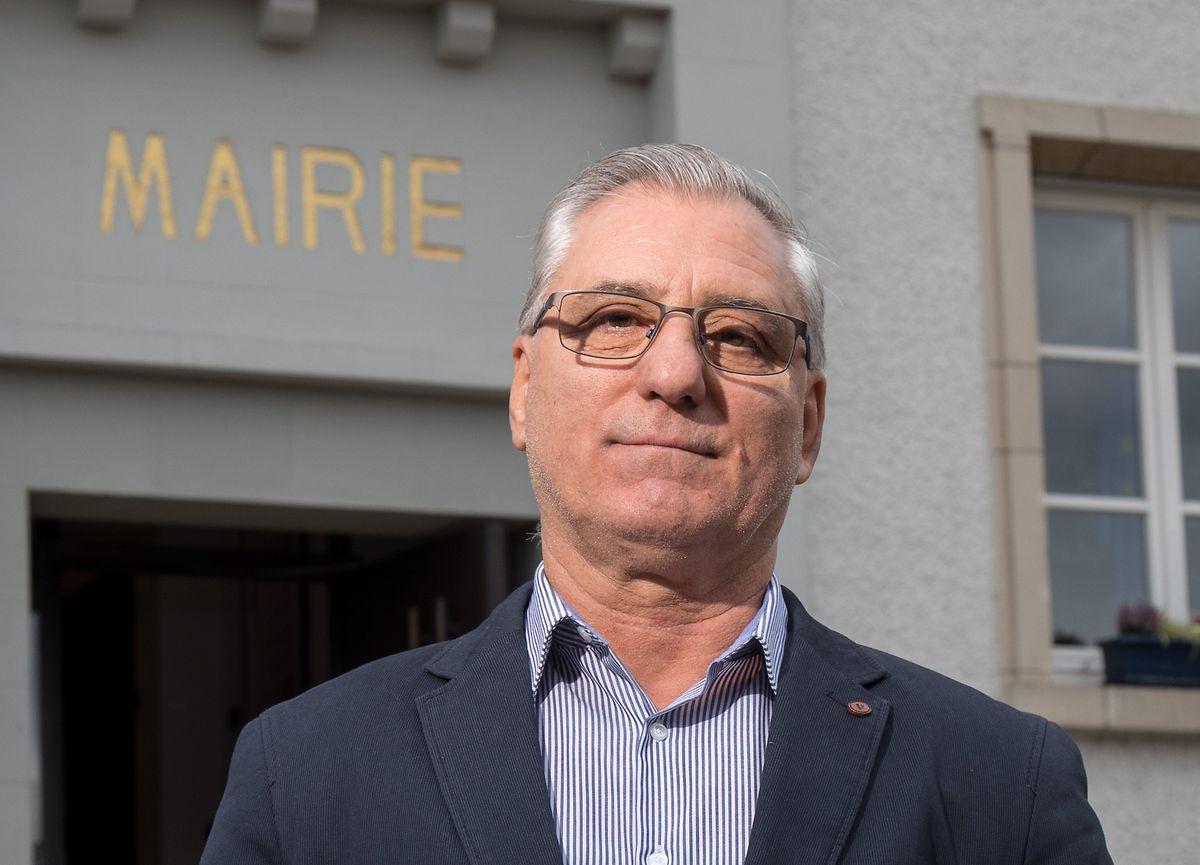 José Vaz do Rio foi o primeiro português a vencer as eleições comunais no Luxemburgo, em 2017, mas renunciou ao cargo de burgomestre de Bettendorf para ficar como principal vereador.
