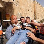 Jerusalém. Mais de 300 palestinianos feridos em confrontos com a polícia israelita