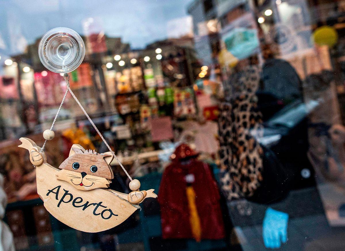 En Italie, certains commerces ont désormais rouvert leurs portes à la clientèle