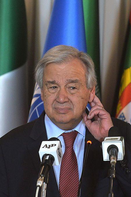 En visite au Pakistan, le secrétaire général de l'ONU Antonio Guterres s'est dit confiant que «l'effort gigantesque» consenti par la Chine «permettra le recul progressif de la maladie».