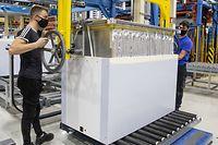 online.fr: Kühlaggregat-Hersteller B Medical Systems.Baut Kühlaggregate für Covid-Impfstoffe. Foto: Gerry Huberty/Luxemburger Wort