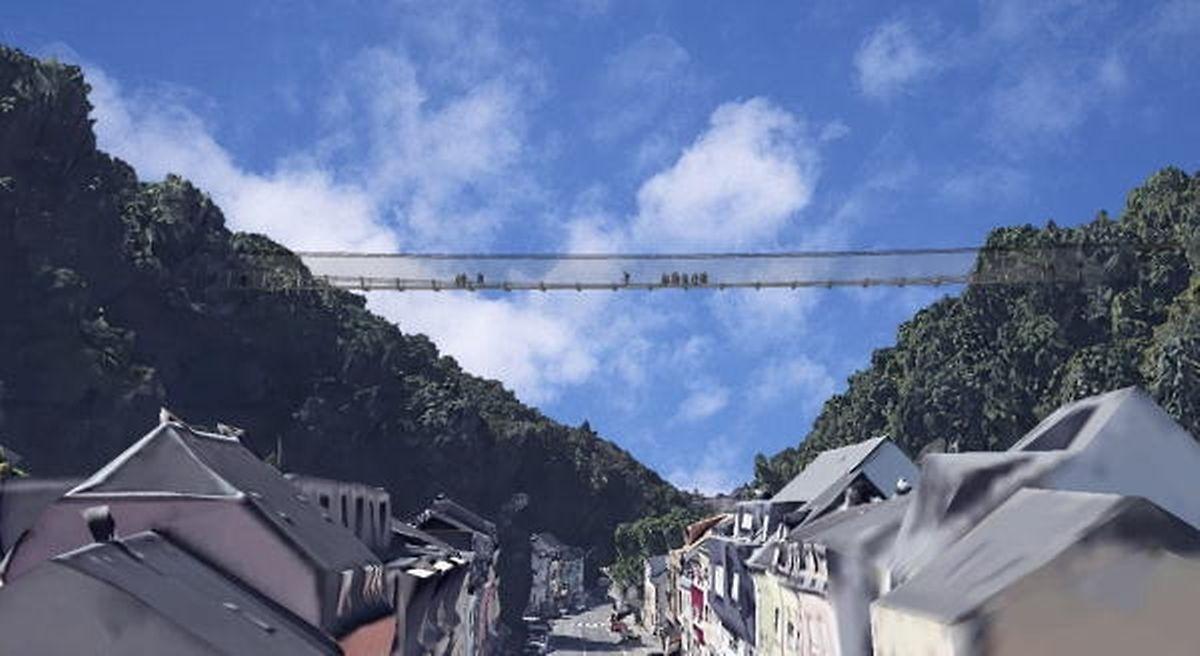 Elegant fügt sich die Hängebrücke in die Landschaft ein.