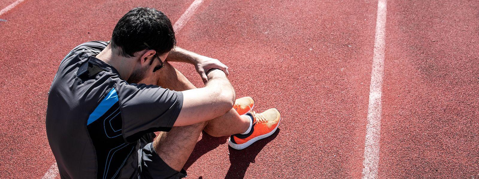 Nach einer Corona-Erkrankung bleibt vielen Sportlern schon bei leichten Belastungen die Luft weg.