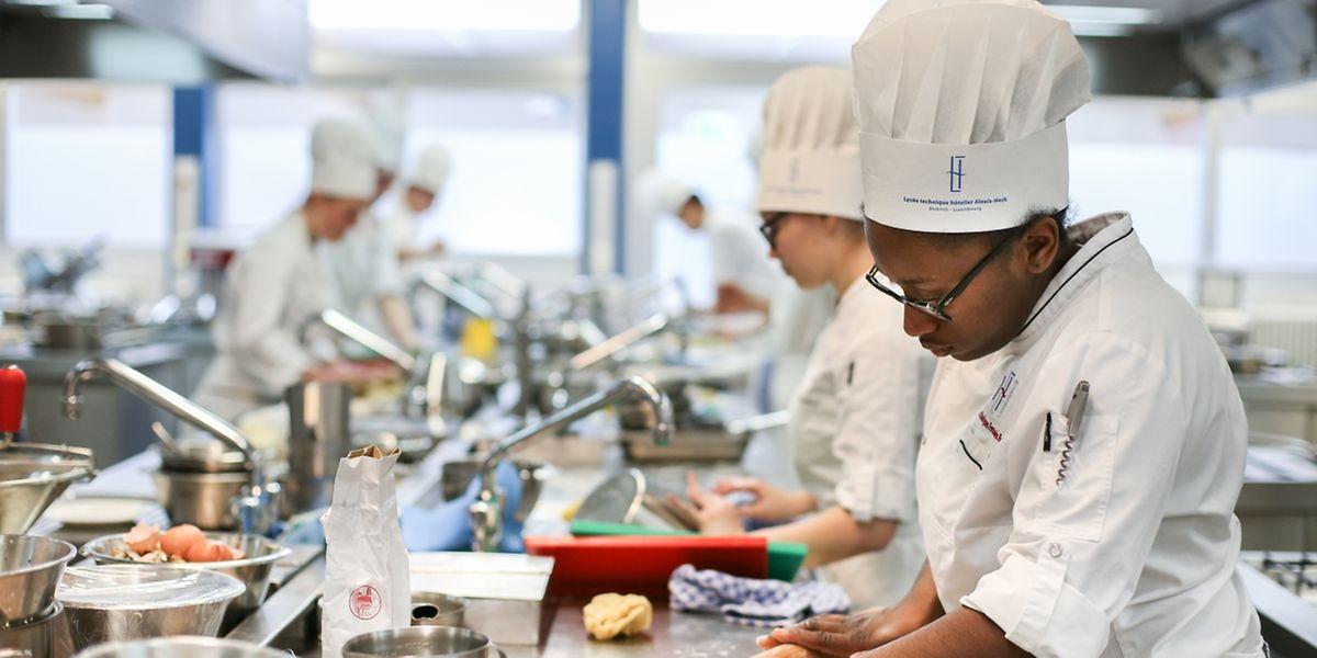 Les étudiants de l'Ecole d'Hôtellerie et de Tourisme de Luxembourg, à Diekirch: l'ex lycée Alexis Heck a de nouvelles ambitions.