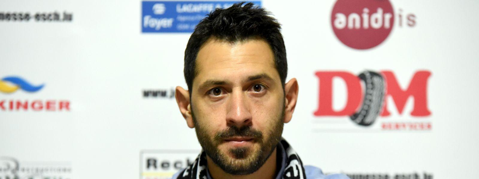 Giorgos Petrakis est le nouveau coach de la Jeunesse.