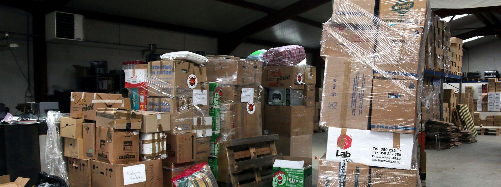Várias toneladas de material e bens foram angariados em cinco dias e enviados para Portugal.
