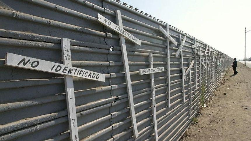 Eine durchgehende Grenzmauer entlang der Grenze zu Mexiko war eines der zentralen Wahlversprechen von Trump.
