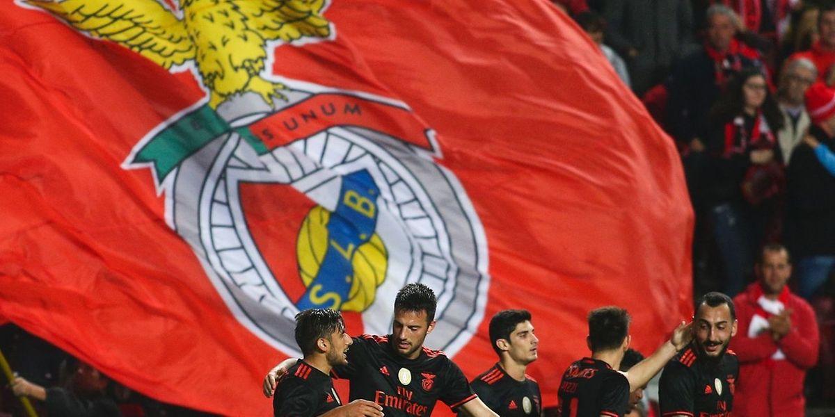 O Benfica empatou hoje com o Besiktas (3-3), na Turquia