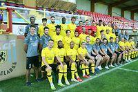 FLF Fussball Nationaldivision Spielzeit 2020-2021 Mannschaft des F91 Dudelingen am 14.08.2020  Erste Reihe v.l.n.r.:Edvin MURATOVIC (9 F91), Ricardo DELGADO (15 F91), Jordann YEYE (95 F91), Rayane MEDJKOUNE (29 F91), Frederic DEBRUYERE (Physiotherapeut), Sergio SILVA COSTA (Torwarttrainer), Carlos FANGUEIRO (Trainer F91), Medhi EL ALAOUI (Co-Trainer F91), Jerome CHALLE (Fitnesstrainer), Noe EWERT (2 F91), Ian FIALHO (28 F91), Chris STUMPF (33 F91), Dylan MARTINS (20 F91)Zweite Reihe v.l.n.r.:Julien HABY (Physiotherapeut), Felix LAMBOTTE (Physiotherapheute), Yannick SCHAUS (17 F91), VOVA (6 F91), Charles MORREN (16 F91), Kevin Van Den KERKHOF (3 F91), Mario POKAR (22 F91), Mehdi KIRSCH (24 F91), Ryan KLAPP (7 F91), Magnus HANSEN (18 F91), Delvin SKENDEROVIC (44 F91), Dejan NGEMBA (42 F91), Ralph PINATTI STANGE (Analyste), Nelson MORGADO (Analyste)Dritte Reihe v.l.n.r.:Manuel Severini SANTOS, Tiago RODRIGUES COSTA (90 F91),Edis AGOVIC (10 F91),Bertino BARBOSA CABRAL (11 F91), Kobe COOLS (4 F91),Enzo ESPOSITO (13 F91), Tim KIPS (1 F91), Toni CONTI (77 F91), Mohcine HASSAN (19 F91), Jules DIOUF (5 F91), Filip BOJIC (08 F91), Adel BETTAIEB (27 F91), Ralph BIRCHEM