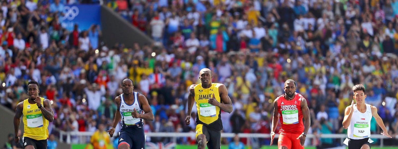 Usain Bolt (M.) konnte es auf den letzten Metern locker angehen lassen.