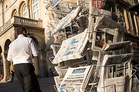 Die Tagespresse beahauptet sich gerade in der Corona-Zeit, trotz der Konkurrenz durch audiovisuellen Medien.