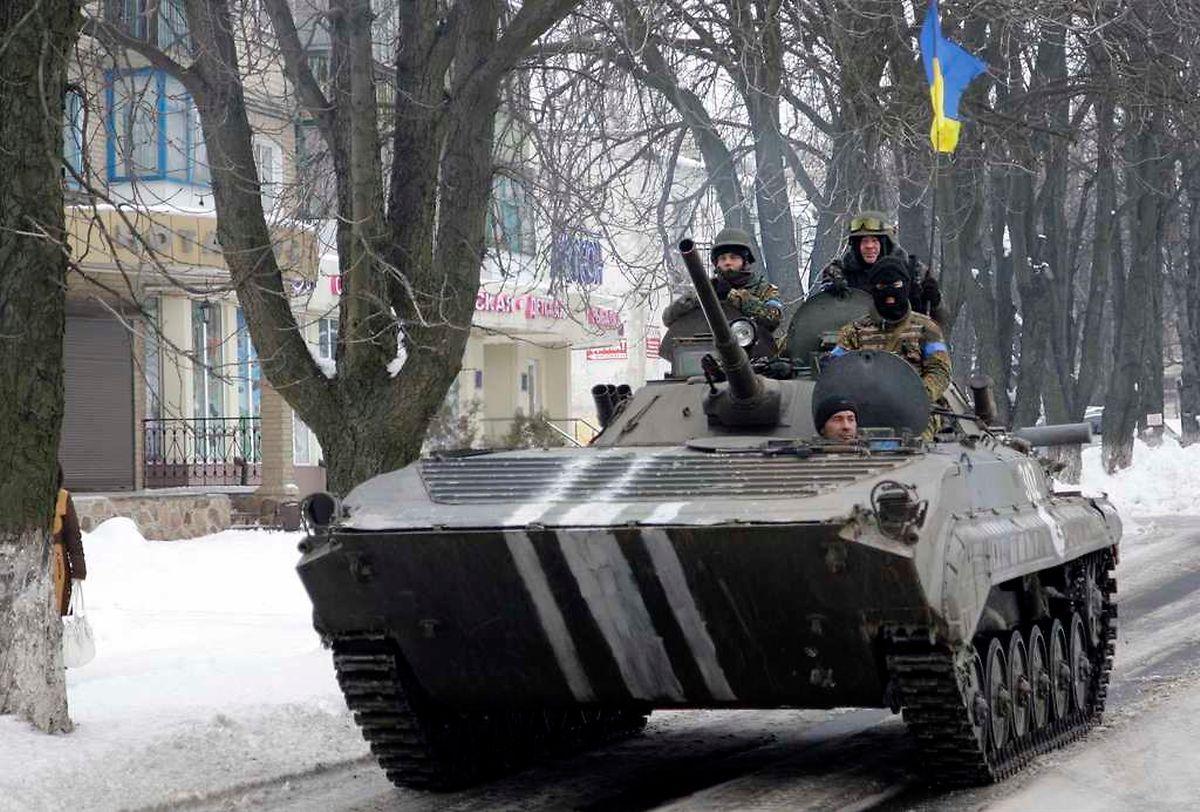 Die Ukraine verstärkt ihre Armee personell.