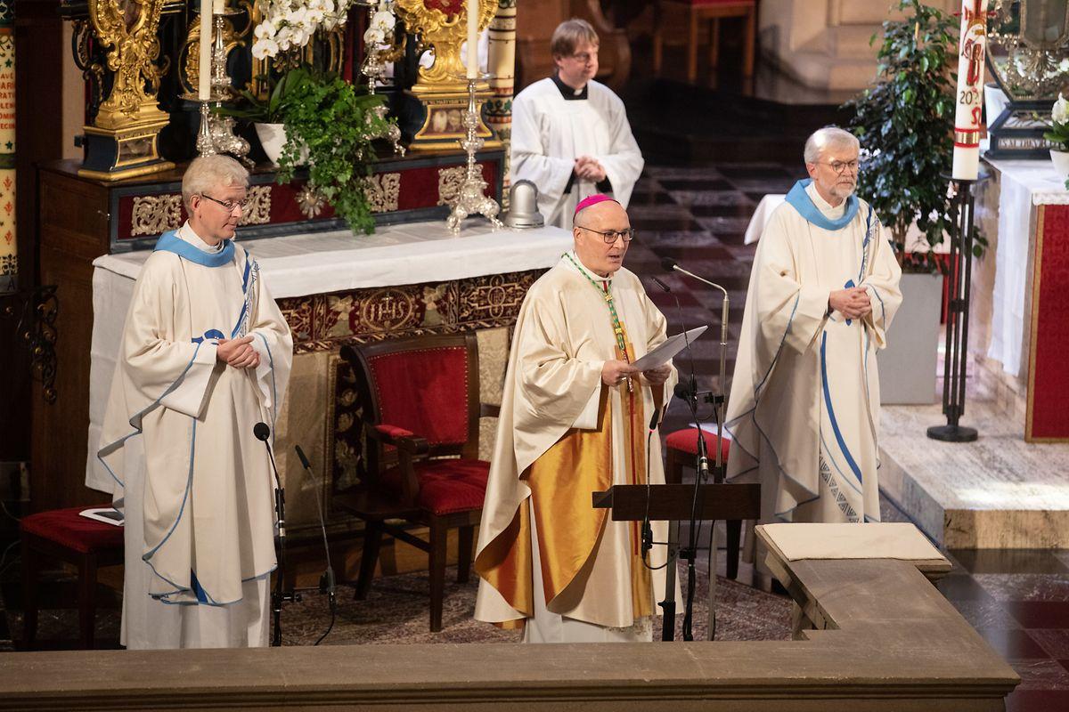 Weihbischof Leo Wagener gratuliert der großherzoglichen Familie zum Nachwuchs.