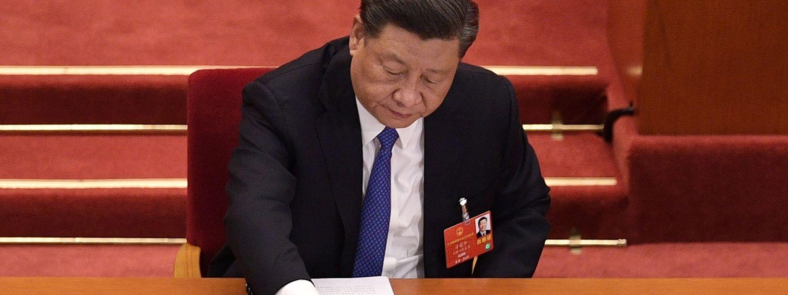Der chinesische Präsident Xi Jinping macht Ernst und stimmt für das umstrittene Sicherheitsgesetz für Hongkong.