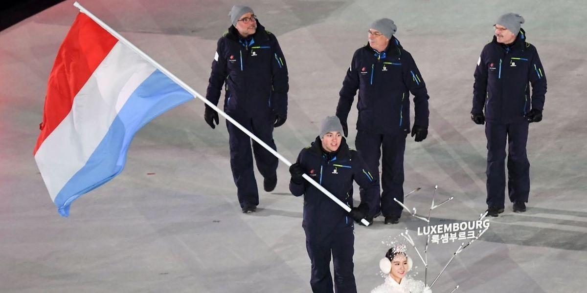 Matthieu Osch à la tête de la délégation luxembourgeoise lors de la cérémonie d'ouverture de Pyeongchang.