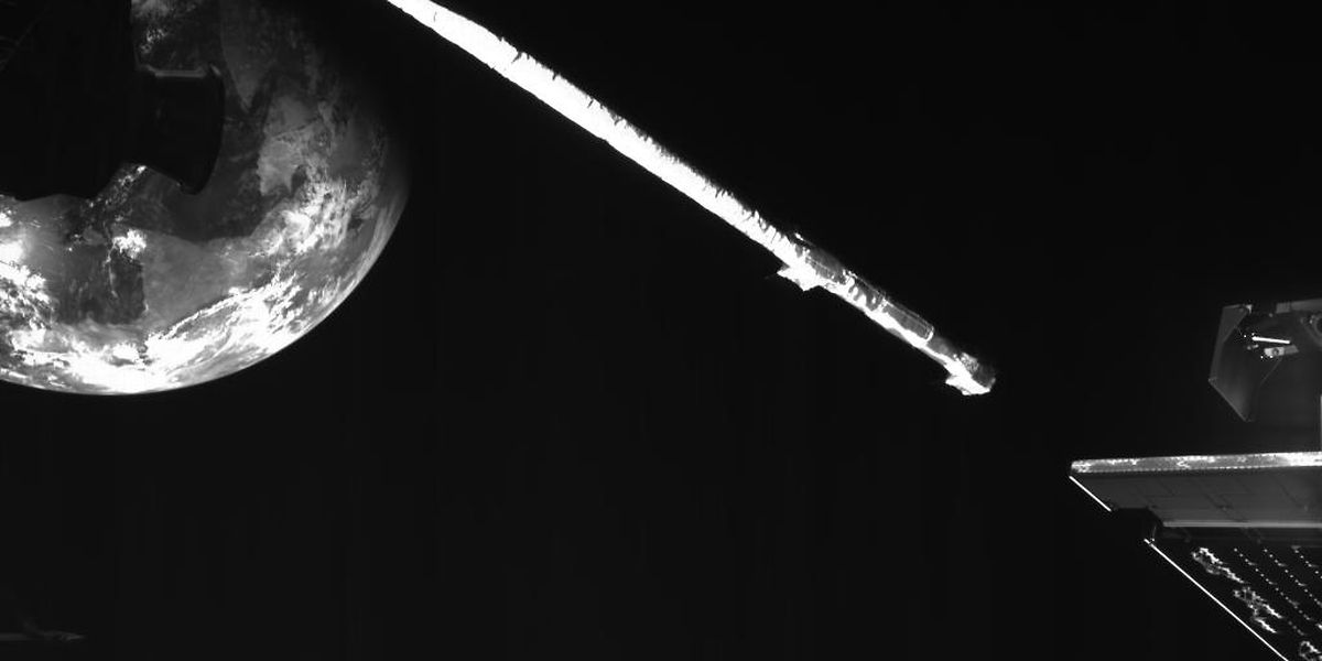 Die Merkur-Sonde «BepiColombo» fliegt an der Erde vorbei.