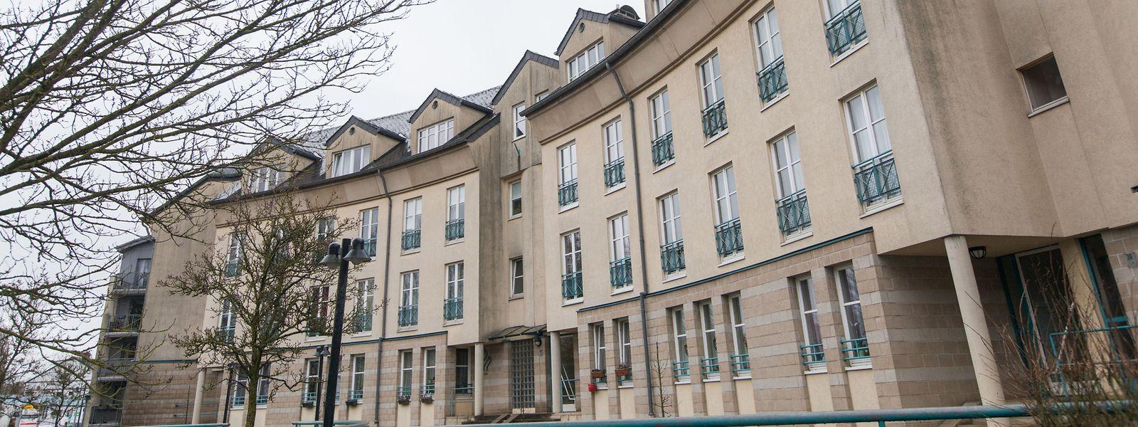 Der Angeklagte lebte beim Opfer in einer Sozialwohnung in Schifflingen, war dort jedoch nicht angemeldet.
