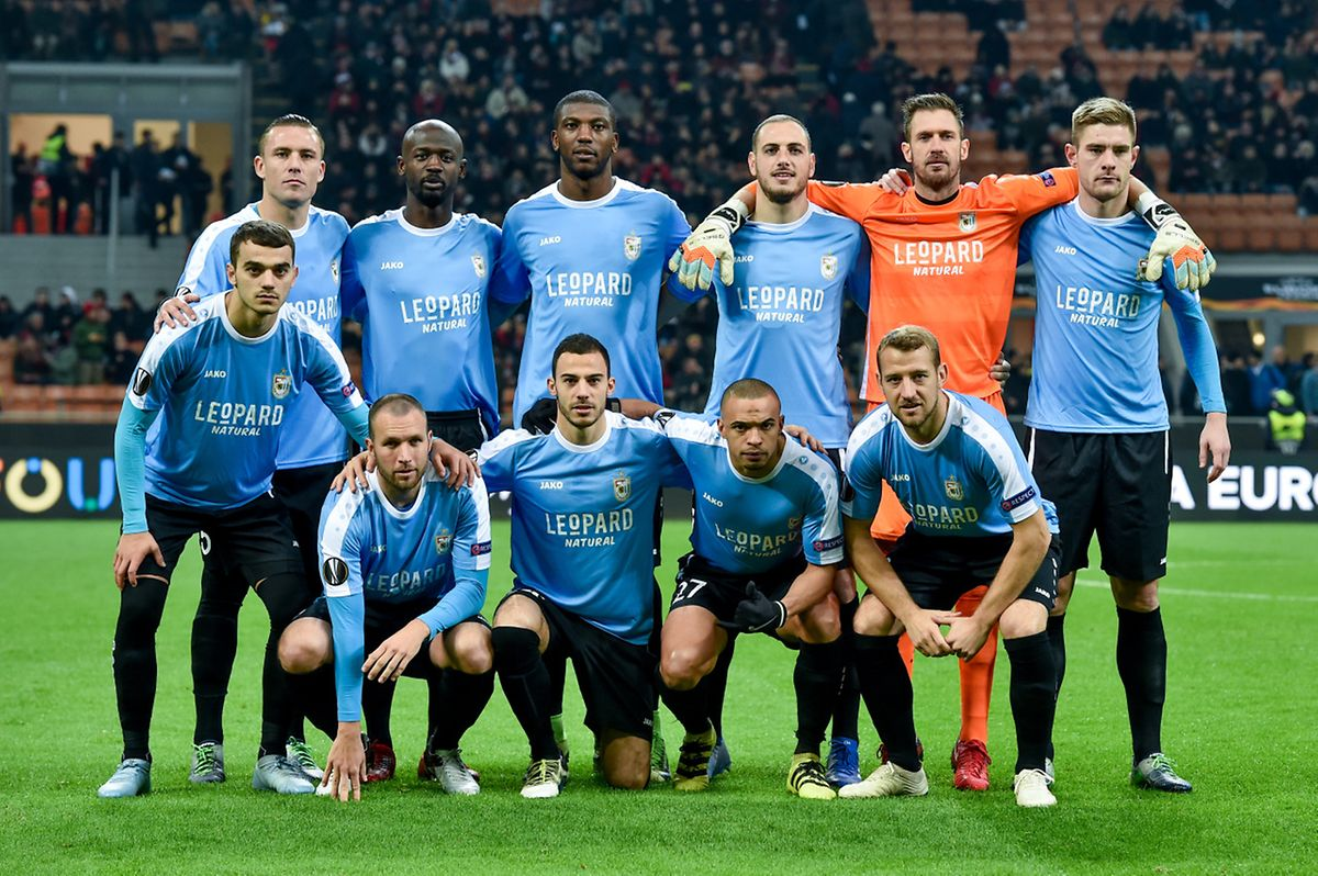 L'équipe du F91 Dudelange avant son match d'Europa League contre le Milan AC.
