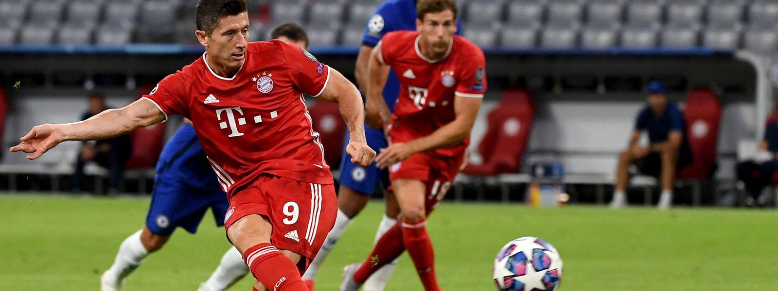Robert Lewandowski erzielt erneut zwei Tore für den FC Bayern.