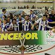 Jogadores do FC Porto celebram a conquista da Taça de Portugal em Hóquei em Patins no final do jogo da final contra o Valongo, disputado em Tomar.
