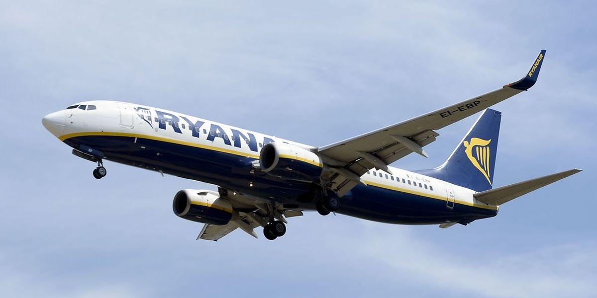 Ryanair prévoit de traiter «plus de 300.000 itinéraires alternatifs ou remboursements pour les clients (plus de 95% des clients concernés) d'ici la fin de cette semaine»
