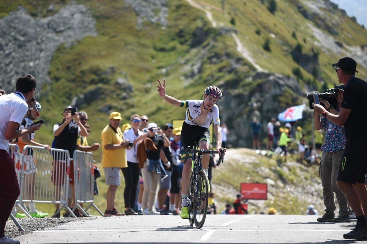 Victoire finale du Norvégien Tobias Foss — Tour de l'Avenir