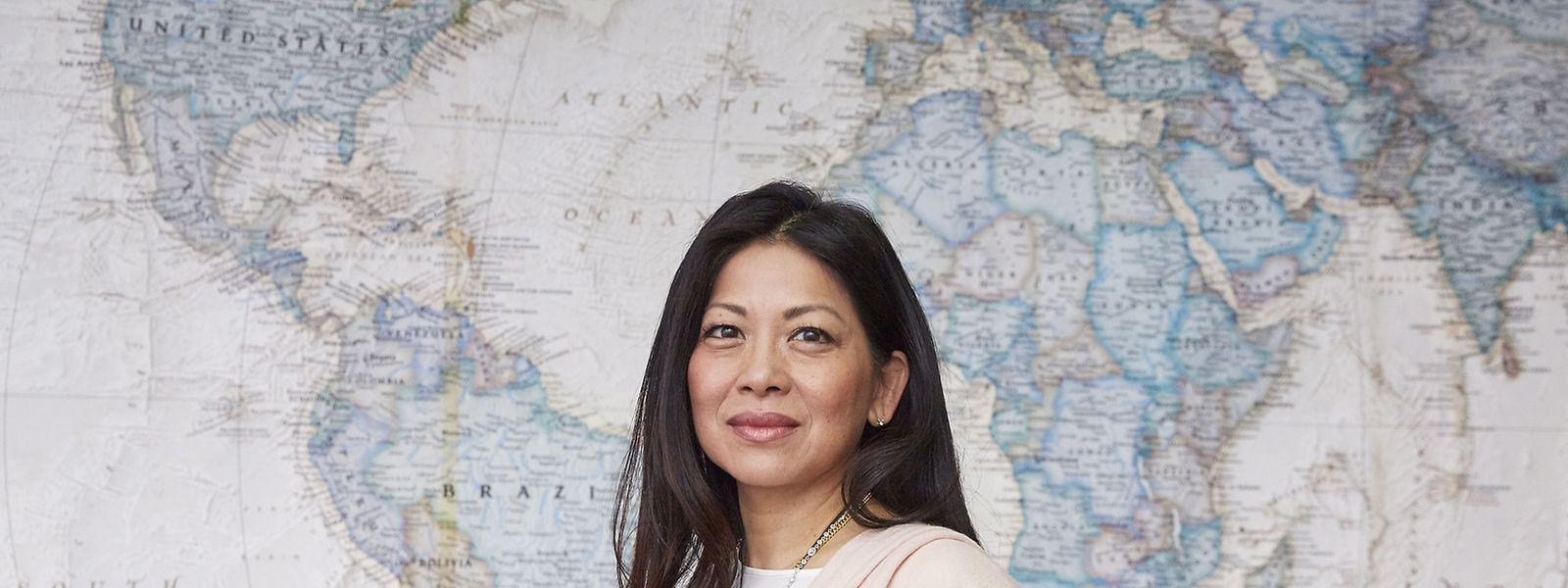 Die Menschenrechtlerin wurde im Jahr 1964 in Kalifornien in eine chinesische Immigrantenfamilie aus Hongkong hineingeboren.