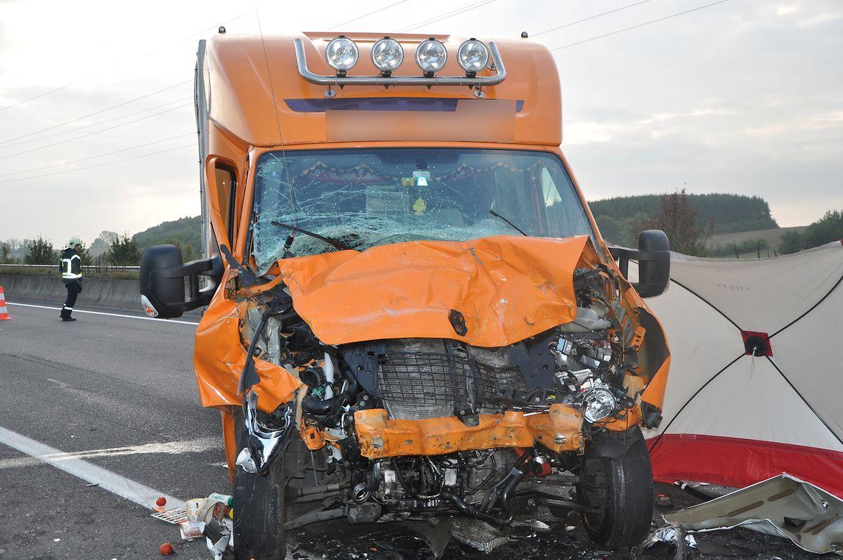 Der Lieferwagenfahrer blieb unverletzt.
