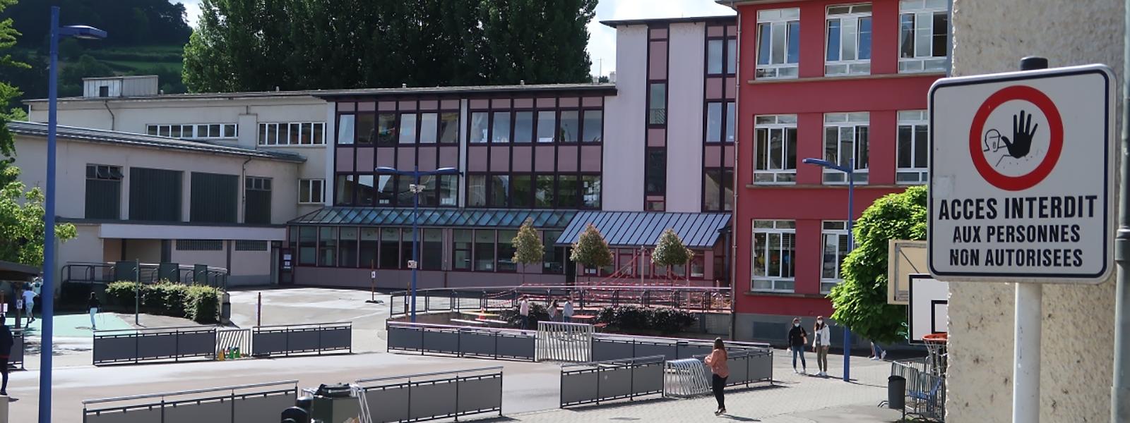 Im Ettelbrücker Schulhof war es am Freitagabend zu einer größeren Schlägerei gekommen. Vor Ort ist man über den Vorfall bestürzt.