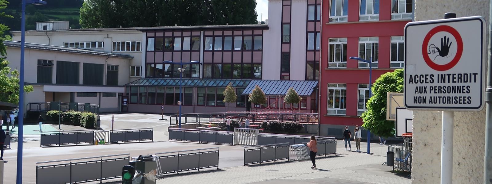 Im Hof der Ettelbrücker Grundschule hatten sich am Freitagabend Jugendliche eine wilde Schlägerei geliefert.