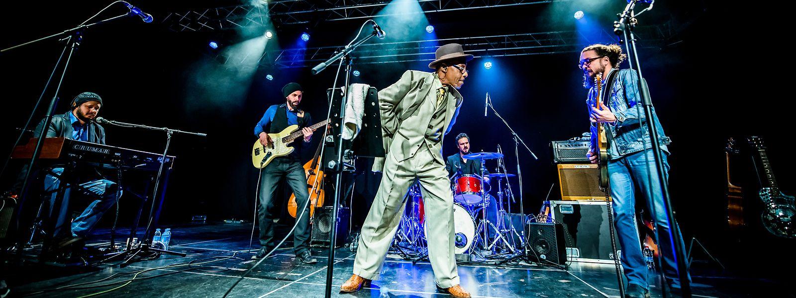 Archie Lee Hooker raconte sa vie en chansons.