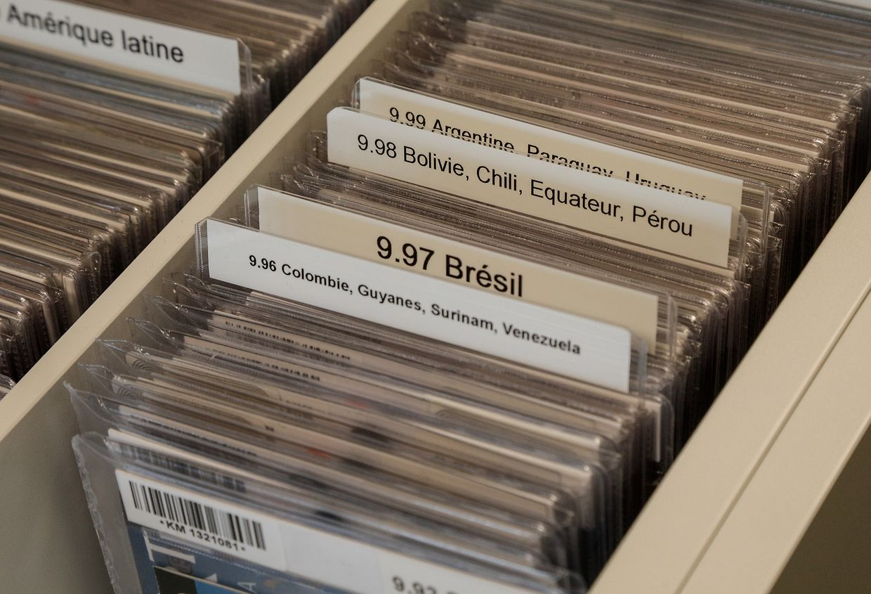 Nutzer können in der Mediathek zahlreiche CDs von Künstlern mit Bezug zu Luxemburg durchforsten.