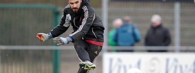 Emanuel Cabral (Torhueter Fola Esch - 22)/ Fussball BGL Ligue 16. Spieltag, Saison 2015-2016 / 06.03.2016 /FC Victoria Rosport - Fola Esch / Stade du Camping, Rosport /Foto: Ben Majerus