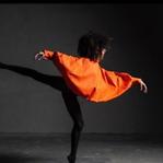 """Bailarina que denunciou racismo na Staatsballett foi readmitida e destaca """"grande passo"""""""