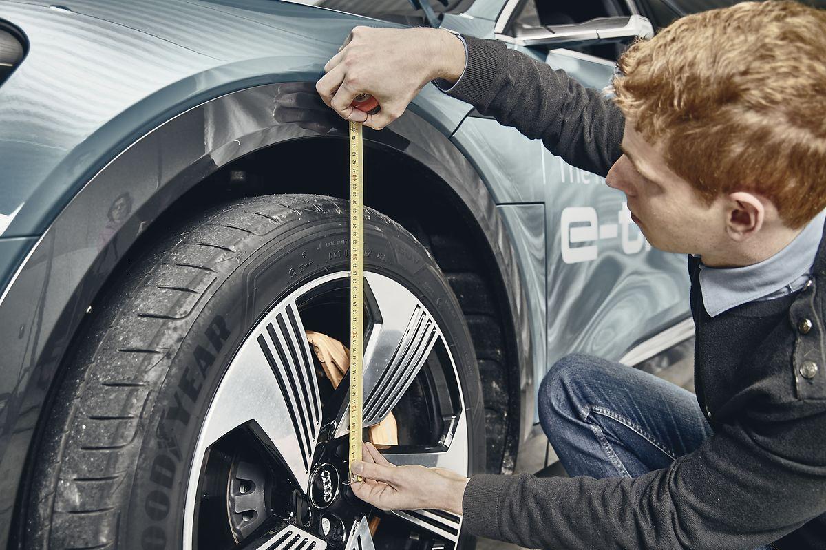 Die Fahrzeughersteller müssen den Prüfern gegenüber alle Details von Neuerungen dokumentieren.