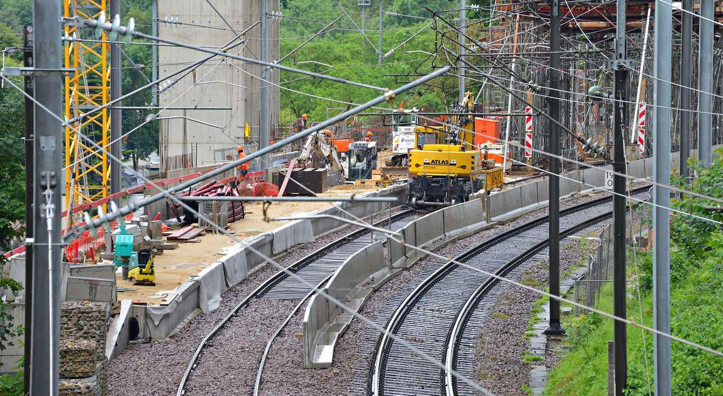 La mise à double voie Luxembourg - Sandweiler - Contern sera mise en service en 2019, elle aura coûté 215 mio d'euros.