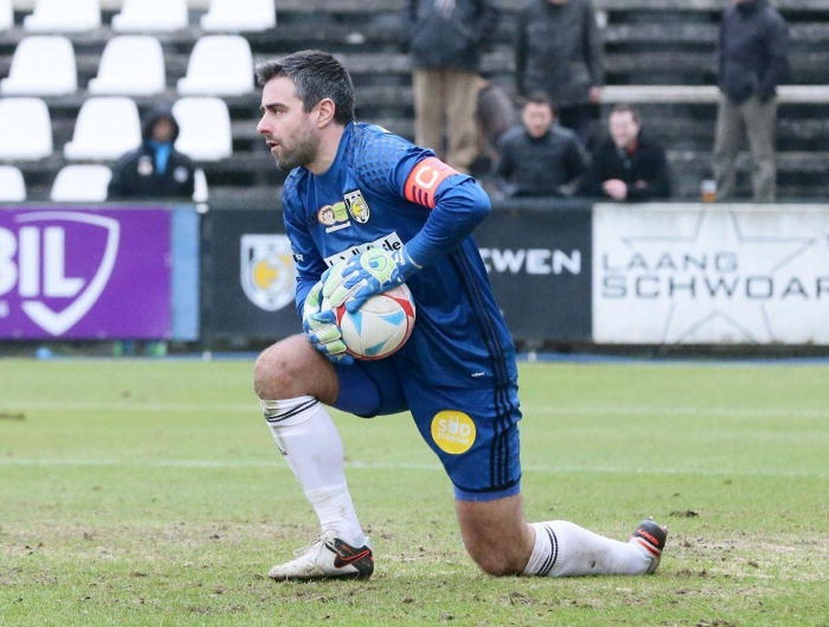 Retour aux affaires pour l'ancien gardien international, Marc Oberweis, venu renforcer le FC Erpeldange des frères Leweck.