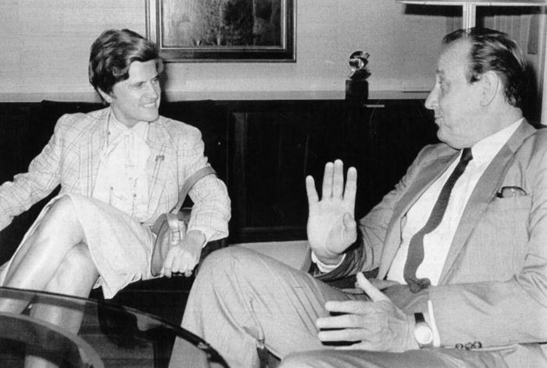Liberale Politiker unter sich: Die Luxemburger DP-Politikerin Colette Flesch im Gespräch mit dem FDP-Chef Hans-Dietrich Genscher im Juli 1981.