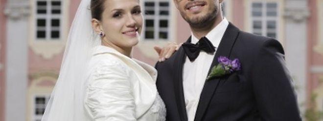 Nicht nur im Judo-Anzug macht Marie Muller eine gute Figur: Hochzeit der Sportler-Trainer-Paares vor Schloss Assumstadt.