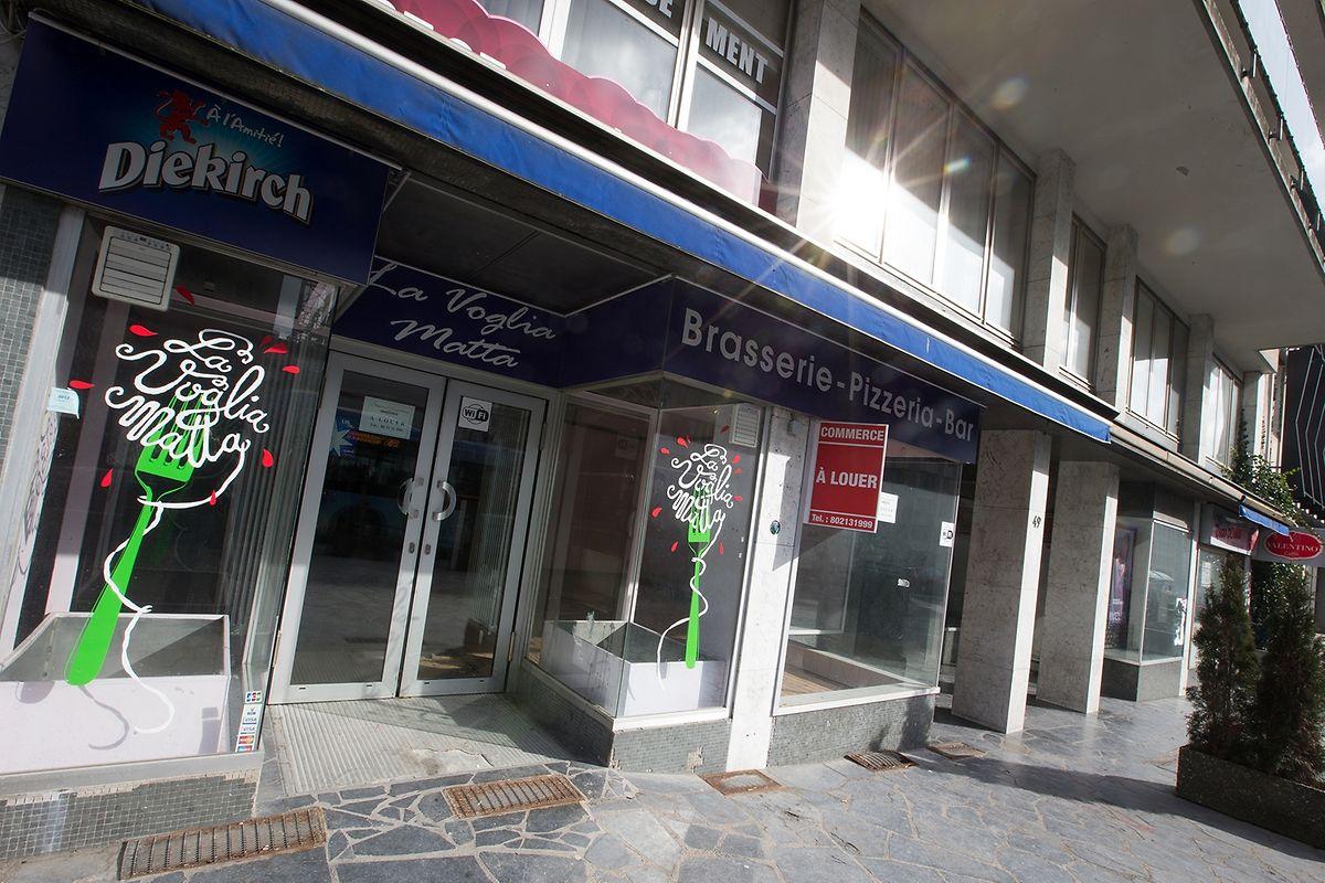 Mars 2015 : la brasserie - pizzeria « La Voglia Matta » a quitté les lieux, le temps des travaux liés au complexe Royal-Hamilius