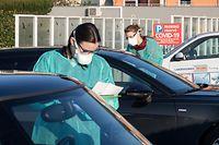 Lok , Bascharage , Coronavirus , Drive In Test Coronavirus  , Sars-CoV-2 , Covid-19 , Foto:Guy Jallay/Luxemburger Wort
