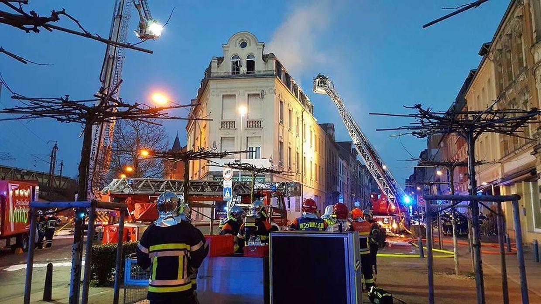Die Feuerwehren waren aus Esch, Monnerich und Schifflingen waren über mehre Stunden im Einsatz.