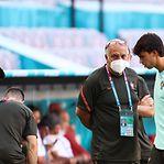 João Félix falha jogo com a Alemanha devido a dores musculares
