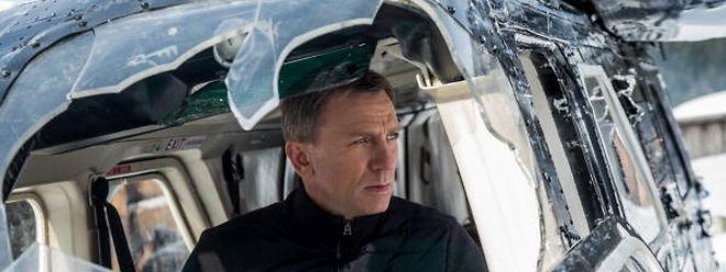 O 007 é tão acalorado que viaja melhor com o pára-brisas partido