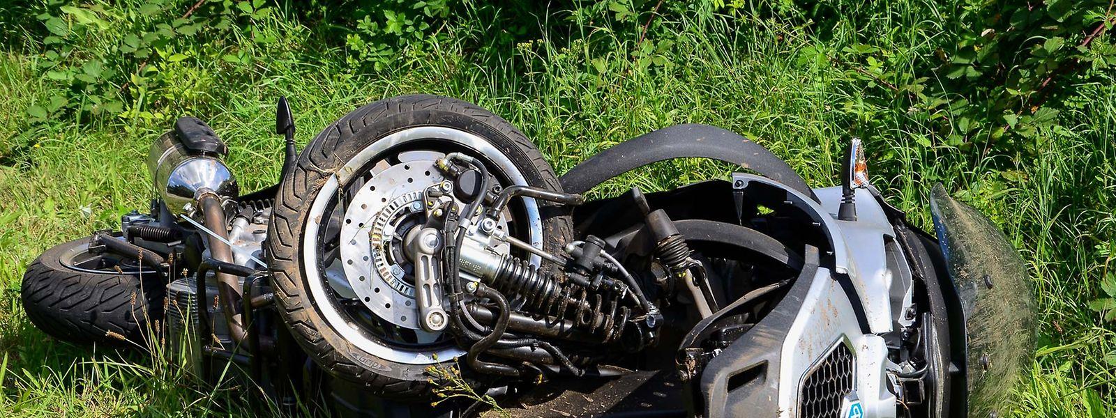 Bei Schengen kam es zu einem tödlichen Unfall mit einem dreirädrigen Roller, der mit Autoführerschein gefahren werden darf.