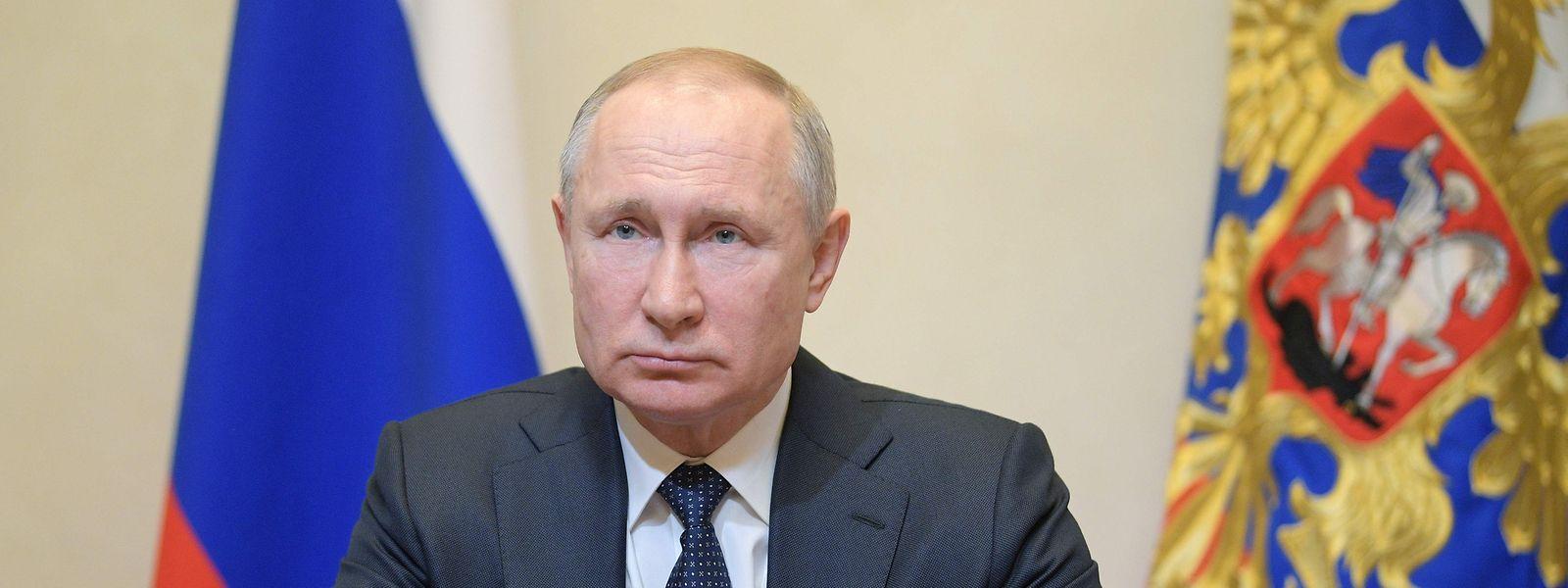 In einer Fernsehansprache kündigte Putin gestern eine verschärfte Gangart im Kampf gegen das Corona-Virus an.