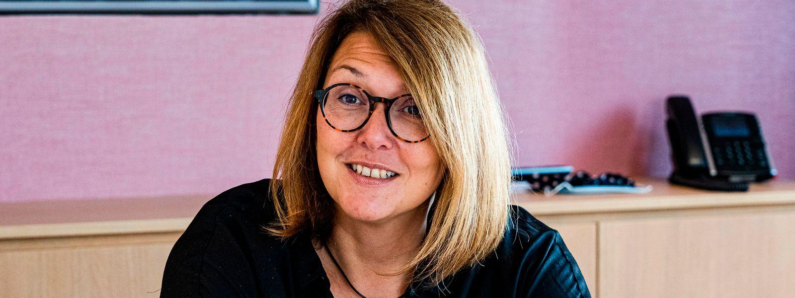 Pascale Hansen (46) unterstreicht, dass auch nach einer Fusion der fünf Nordstadgemeinden in jeder der früheren Kommunen eine Außenstelle und somit die Nähe zum Bürger erhalten bleibt.