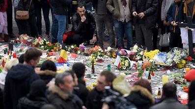 L'hommage aux victimes à Bruxelles, au lendemain des attentats.