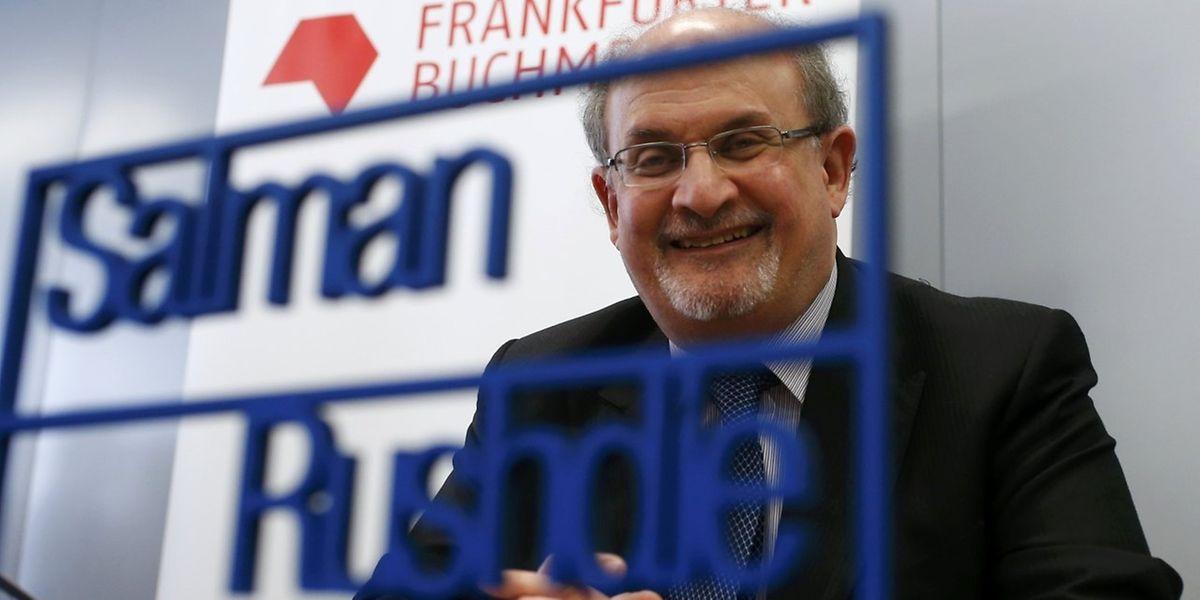 Salman Rushdie rief bei der Eröffnungspressekonferenz zum weltweiten Kampf für die Meinungsfreiheit auf.